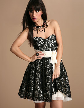 Lipsy Gothic Lace Sash Prom Dress - Photo.